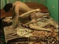 Freundin durchgefickt und mit Sperma vollgewichst